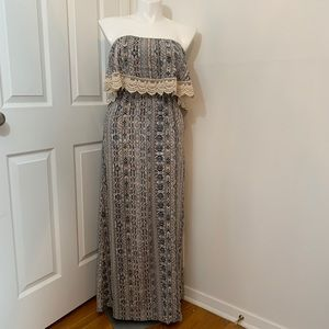 Strapless maxi dress by Forever 21. Size medium